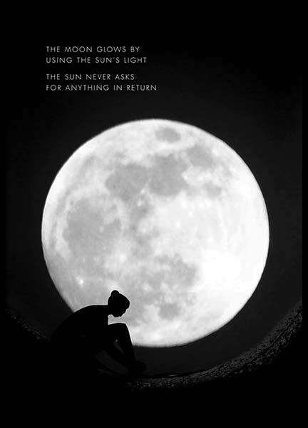 The Moon Glows Poster en el grupo  Pósters / Mindfulness con Desenio AB (10013)